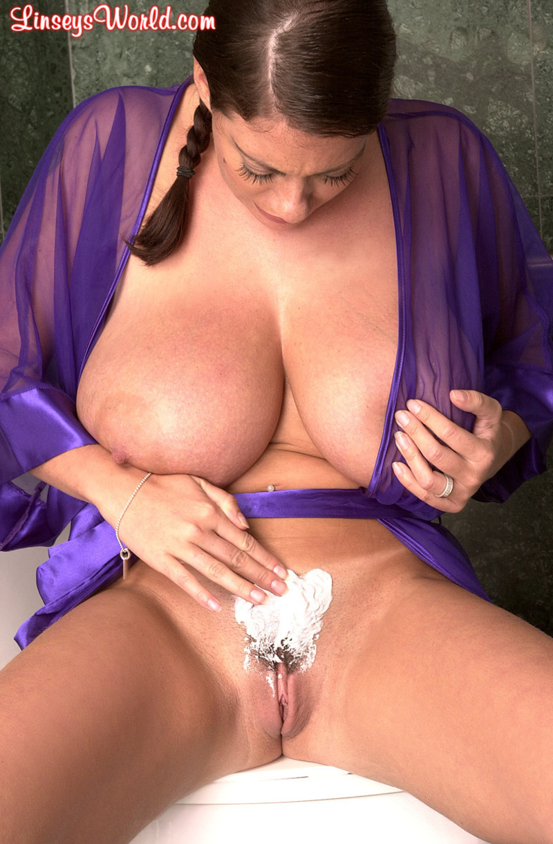 Linsey dawn shaven pussy #15